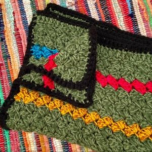 Vintage |  Hand Knit Square Throw Blanket